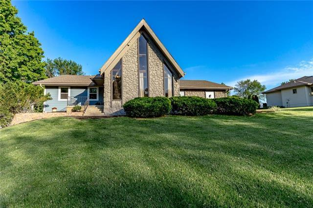 9705 Betsy Ross Lane, Liberty, MO 64068 (#2165509) :: House of Couse Group