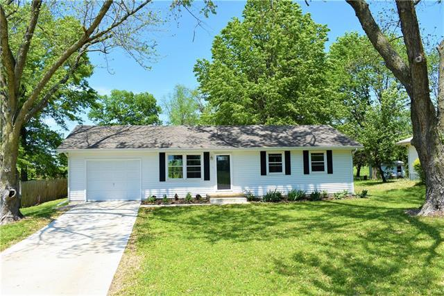 108 W 8TH Street, Kearney, MO 64060 (#2165591) :: Kansas City Homes