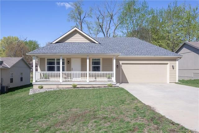 2 Platte Ridge Court, Edgerton, MO 64444 (#2165669) :: Edie Waters Network
