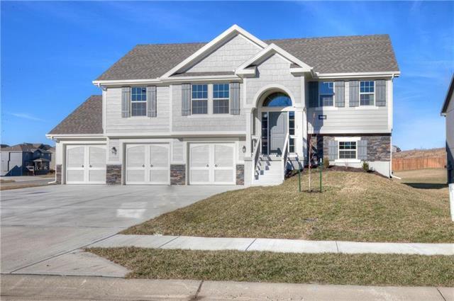 6100 NE 120th Street, Kansas City, MO 64156 (#2165680) :: Kansas City Homes