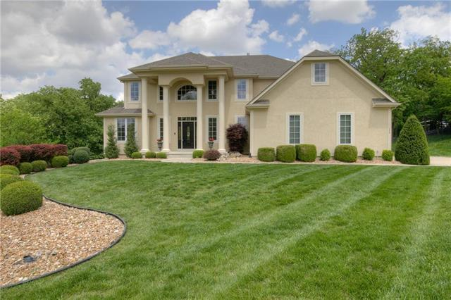 489 NW Riven Rock Trail, Lee's Summit, MO 64081 (#2165707) :: House of Couse Group