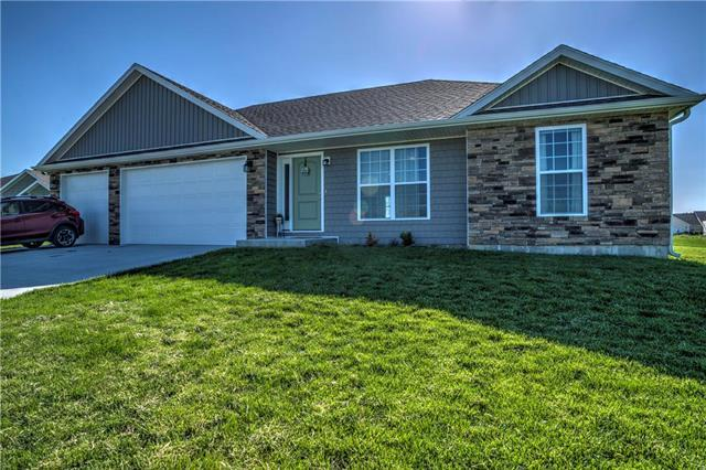 394 SE 991 Road, Knob Noster, MO 65336 (#2165792) :: The Gunselman Team