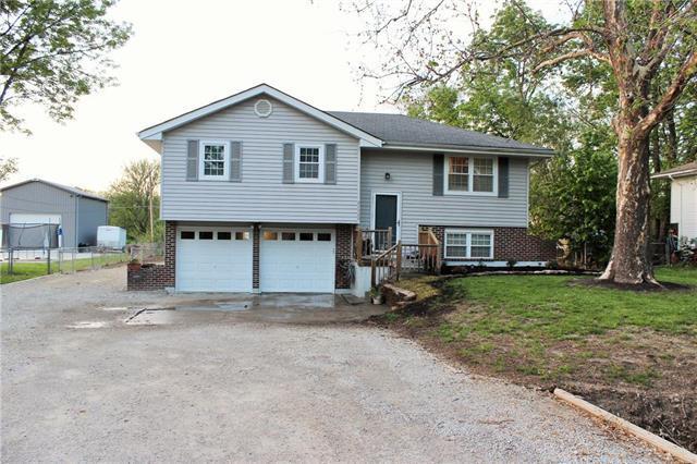21300 W 180th Street, Olathe, KS 66062 (#2165801) :: Kansas City Homes