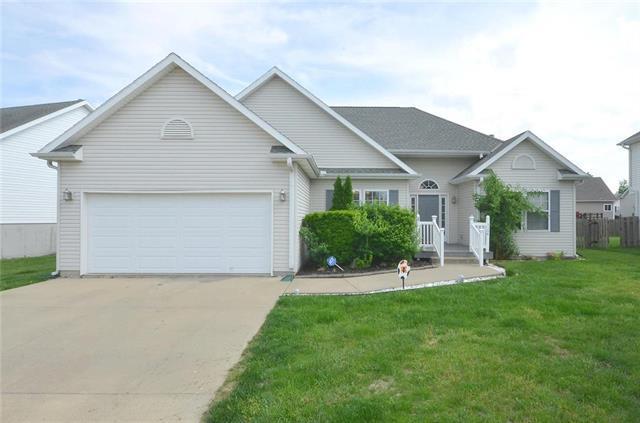 1106 Baker Ridge Circle, Platte City, MO 64079 (#2165851) :: Kansas City Homes