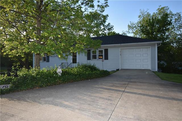 612 W Broadway Street, Higginsville, MO 64037 (#2165862) :: House of Couse Group