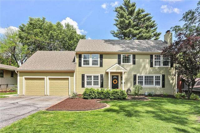 7743 Chadwick Street, Prairie Village, KS 66208 (#2165865) :: Kansas City Homes