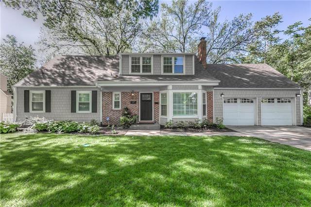 5327 W 69 Street, Prairie Village, KS 66208 (#2165866) :: House of Couse Group