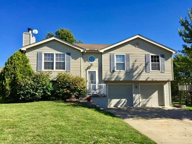 104 W Remington Terrace, Raymore, MO 64083 (#2165870) :: House of Couse Group