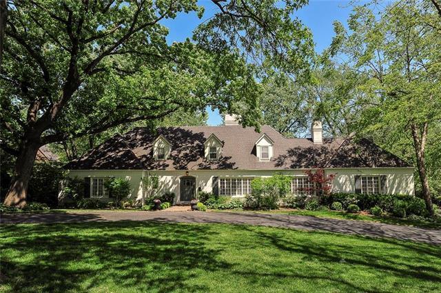 5923 Overhill Road, Mission Hills, KS 66208 (#2165886) :: Kansas City Homes