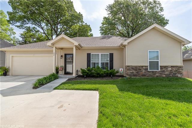 855 NE 66th Street, Kansas City, MO 64118 (#2165905) :: Eric Craig Real Estate Team