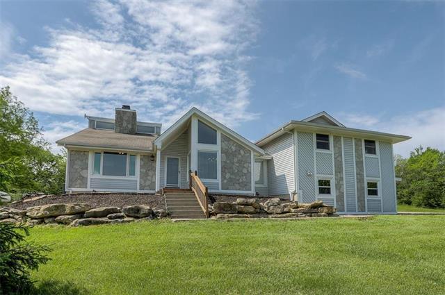 15030 Hornback Road, Smithville, MO 64089 (#2165958) :: Clemons Home Team/ReMax Innovations