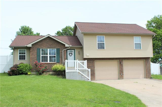 304 S Laura Lane, Concordia, MO 64020 (#2165996) :: House of Couse Group