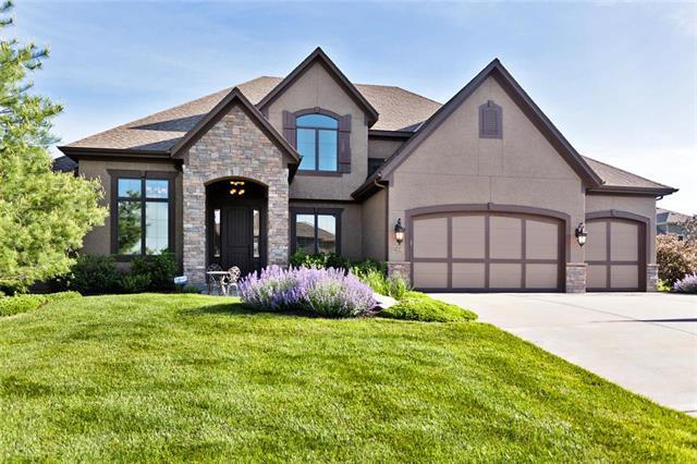 12400 W 164 Street, Overland Park, KS 66221 (#2166013) :: Edie Waters Network