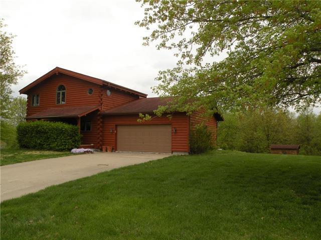 13358 Lake Mizzou Road, Higginsville, MO 64037 (#2166040) :: Edie Waters Network