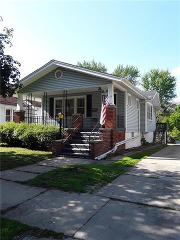 3115 Jules Street, St Joseph, MO 64501 (#2166117) :: Edie Waters Network