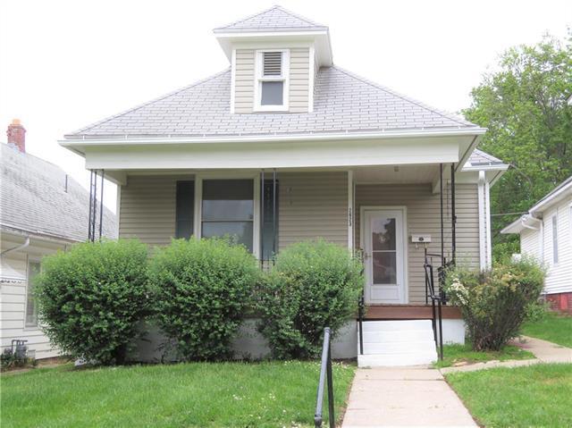 2623 Sacramento Street, St Joseph, MO 64507 (#2166132) :: House of Couse Group
