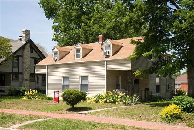 1006 Houston Street, Manhattan, KS 66502 (#2166158) :: House of Couse Group