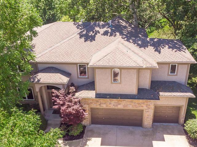 19107 W 97th Terrace, Lenexa, KS 66220 (#2166184) :: The Shannon Lyon Group - ReeceNichols