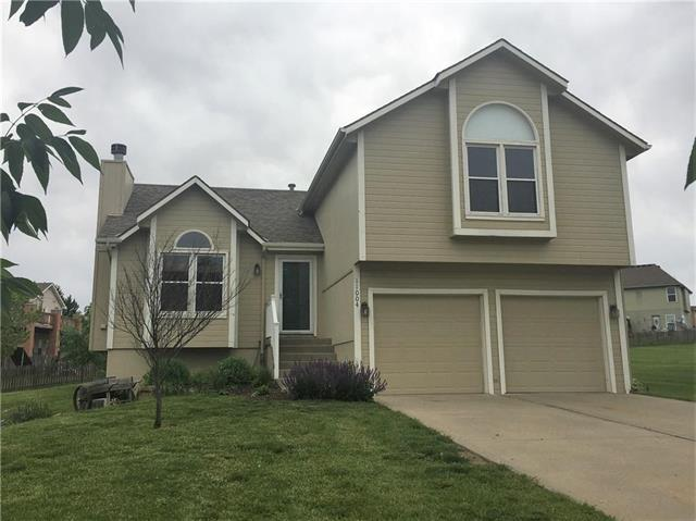 11004 N Kentucky Place, Kansas City, MO 64157 (#2166193) :: House of Couse Group