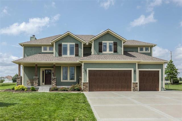 11412 Shadow Glen Court, Peculiar, MO 64078 (#2166196) :: House of Couse Group