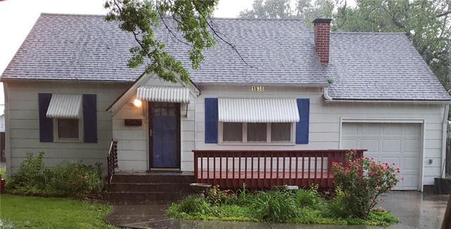 1538 Main Street, Osawatomie, KS 66064 (#2166231) :: The Gunselman Team