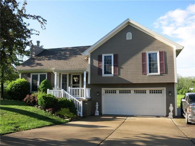 1401 E 2nd Street Terrace, Cameron, MO 64429 (#2166302) :: Edie Waters Network