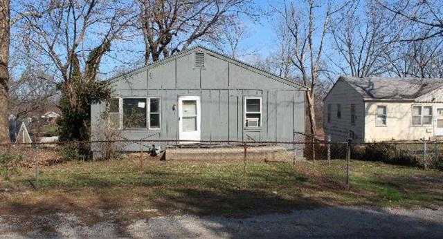 319 S Hocker Avenue, Independence, MO 64050 (#2166313) :: Edie Waters Network