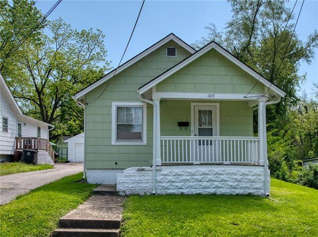 1015 S Cottage Street, Independence, MO 64050 (#2166334) :: Edie Waters Network