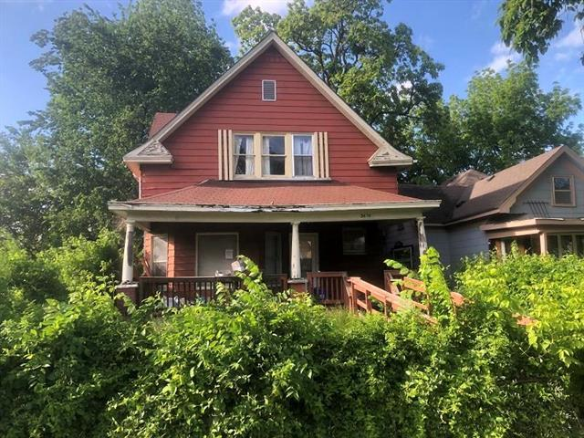 3610 E 29th Street, Kansas City, MO 64128 (#2166369) :: Edie Waters Network