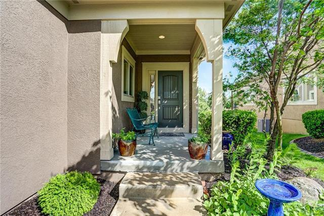 21267 W 116th Street, Olathe, KS 66061 (#2166447) :: NestWork Homes