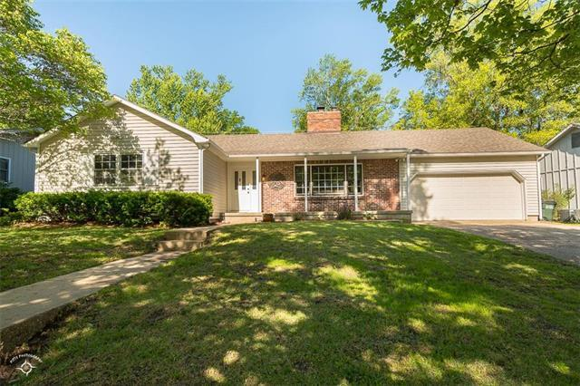2509 Alabama Street, Lawrence, KS 66046 (#2167502) :: House of Couse Group