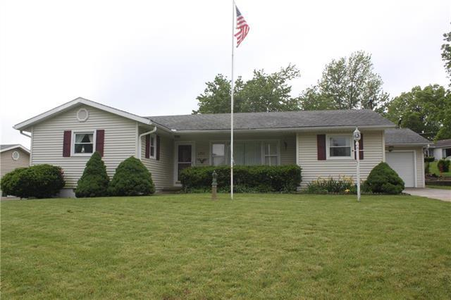 1711 Meadow Lane, Atchison, KS 66002 (#2167522) :: House of Couse Group