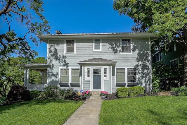 5004 Wyoming Street, Kansas City, MO 64112 (#2167525) :: House of Couse Group