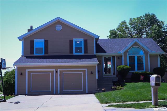 10301 NW 86th Terrace, Kansas City, MO 64153 (#2167552) :: Dani Beyer Real Estate