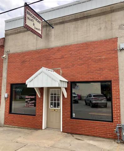 115 E Benton Street, Windsor, MO 65360 (#2167567) :: House of Couse Group