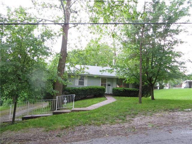 6921 NE 53rd Street, Kansas City, MO 64119 (#2167589) :: Team Real Estate