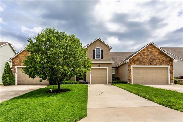 12725 Walker Avenue, Kansas City, KS 66109 (#2167683) :: No Borders Real Estate