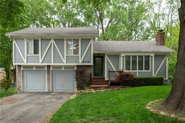 6216 Albervan Street, Shawnee, KS 66216 (#2167717) :: House of Couse Group
