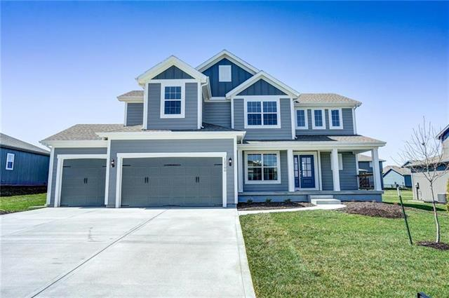 13402 182nd Terrace, Overland Park, KS 66083 (#2167728) :: House of Couse Group