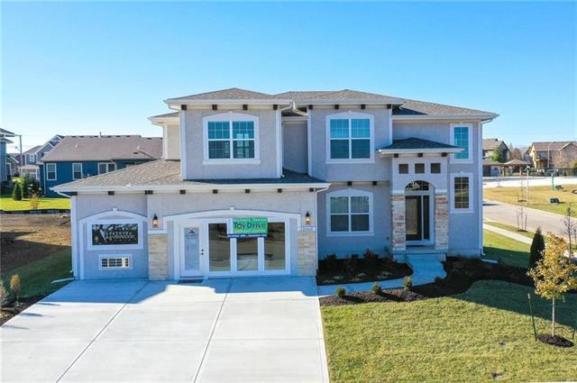 18221 Hauser Street, Overland Park, KS 66083 (#2167729) :: House of Couse Group