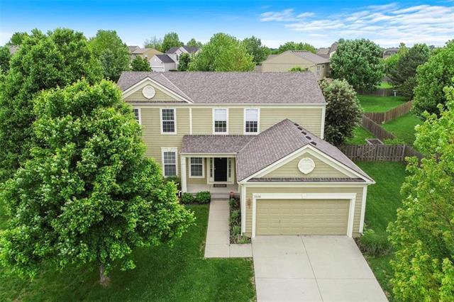 5538 Noble Street, Shawnee, KS 66218 (#2167736) :: House of Couse Group