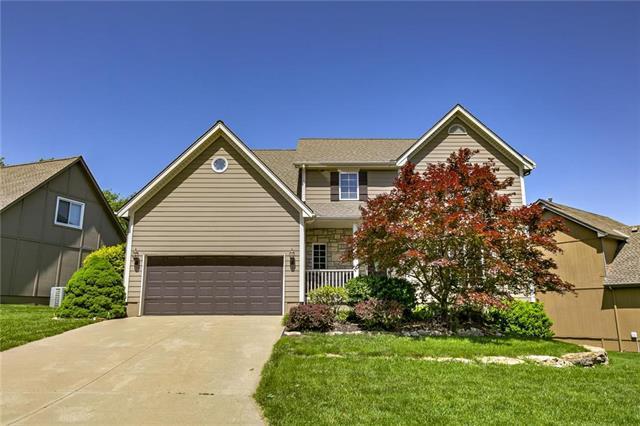 140 SE Citadel Drive, Lee's Summit, MO 64063 (#2167748) :: Team Real Estate