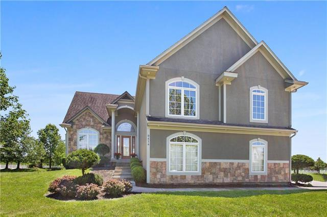 9414 E Pleasant Avenue, Kansas City, MO 64138 (#2167758) :: House of Couse Group