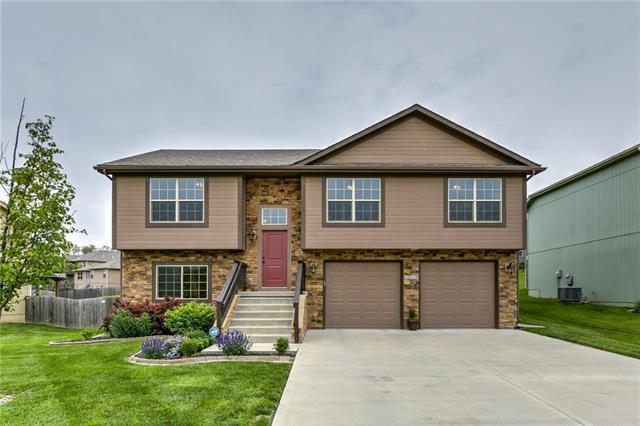 15810 NW Morgan Street, Platte City, MO 64079 (#2167772) :: Team Real Estate