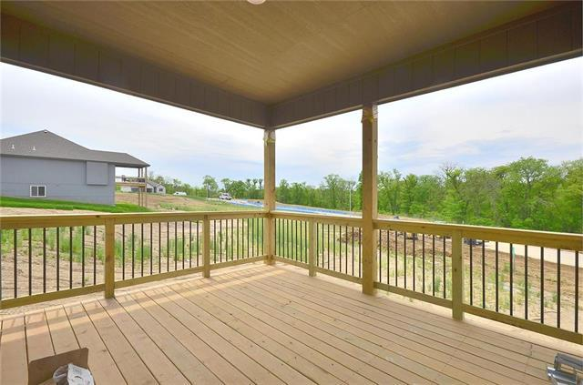 2402 Windmill Drive, Platte City, MO 64079 (#2167775) :: Team Real Estate