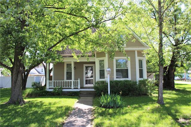1017 S Orange Street, Concordia, MO 64020 (#2167823) :: Edie Waters Network