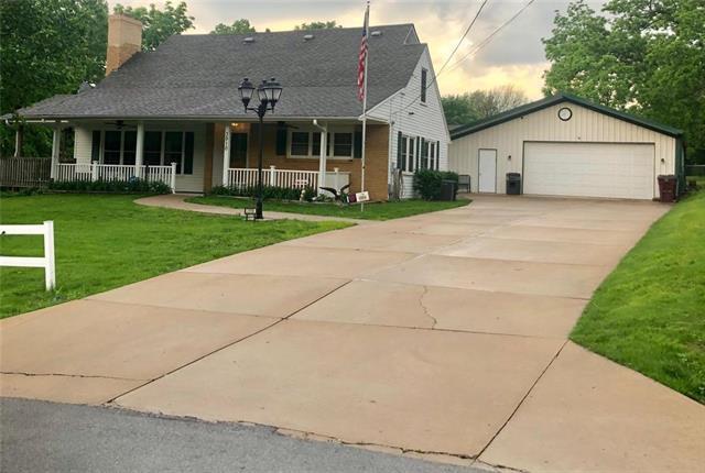 3910 Arlington Avenue, Kansas City, MO 64133 (#2167879) :: No Borders Real Estate