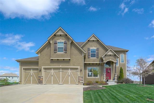 1624 SW 41ST Street, Lee's Summit, MO 64082 (#2167889) :: House of Couse Group