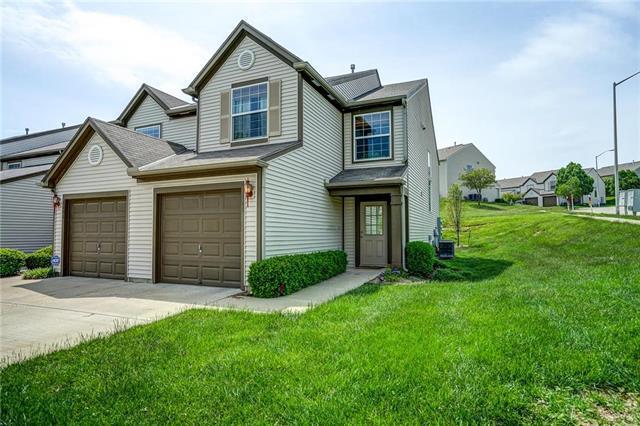 5401 N Mercier Avenue, Kansas City, MO 64118 (#2167987) :: House of Couse Group