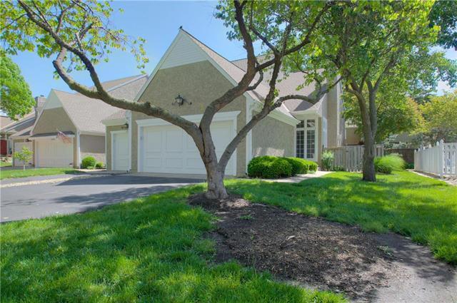 12547 Broadmoor Street, Overland Park, KS 66212 (#2167995) :: Ask Cathy Marketing Group, LLC